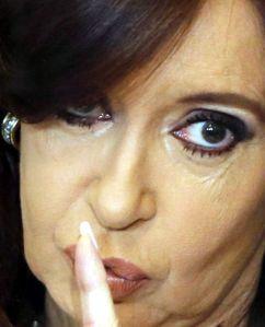 Cristina con el dedo